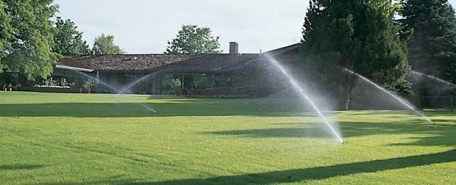 Поливни системи за тревни площи